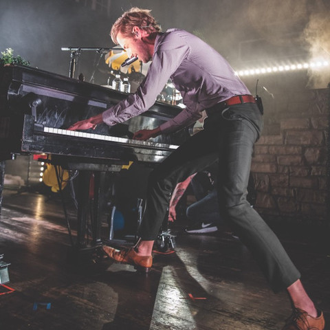 """Andrew McMahon in the Wilderness Took the Crowd on a """"Blue Vacation"""" at House of Blues"""