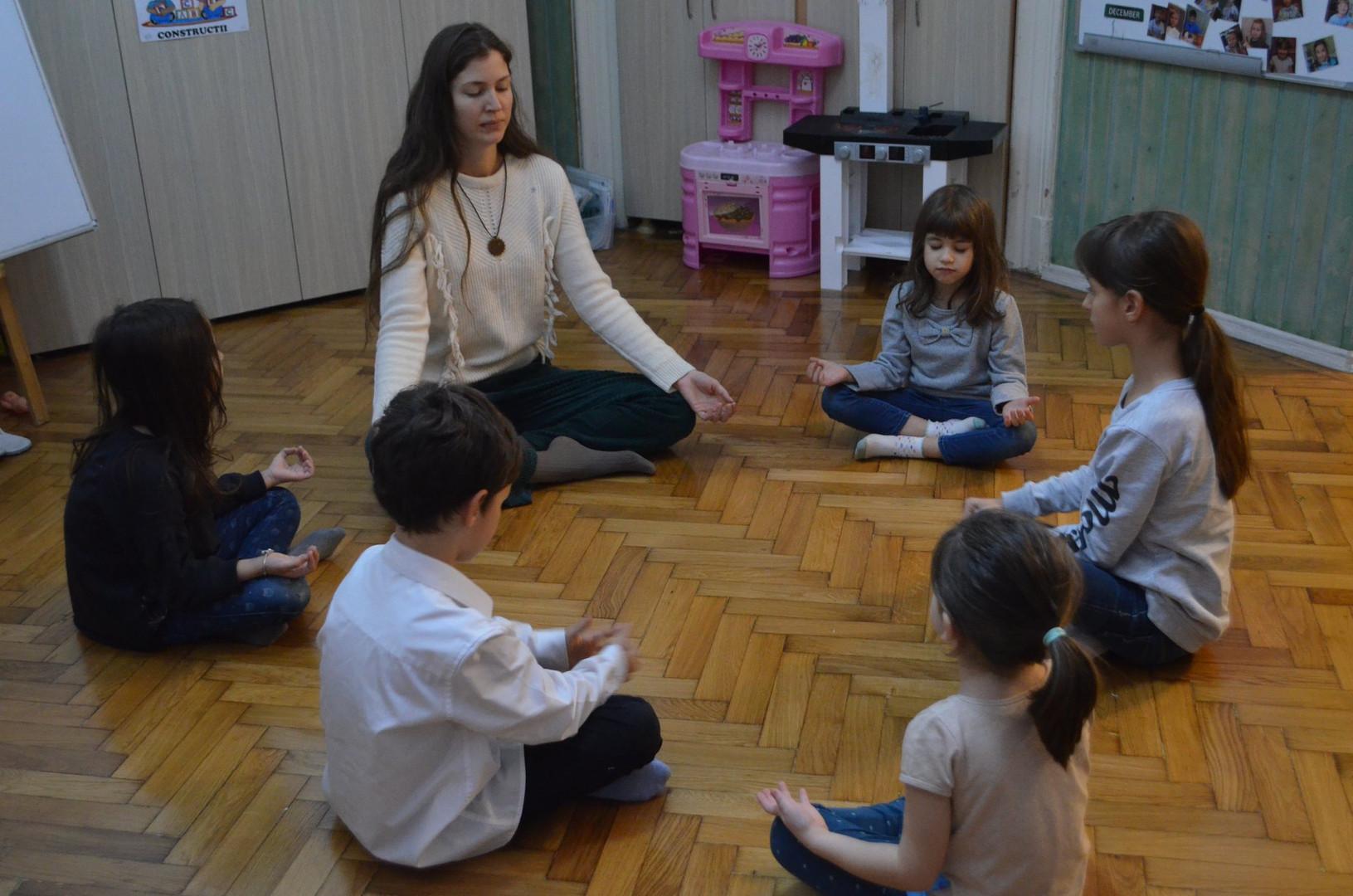 Daiana Radulescu teaching meditation at EnglishKinder