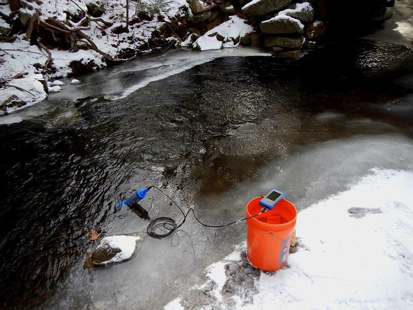 Water Quality Manta equipment used in field deployment