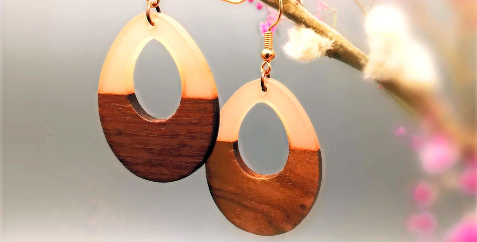 Holz trifft Resin