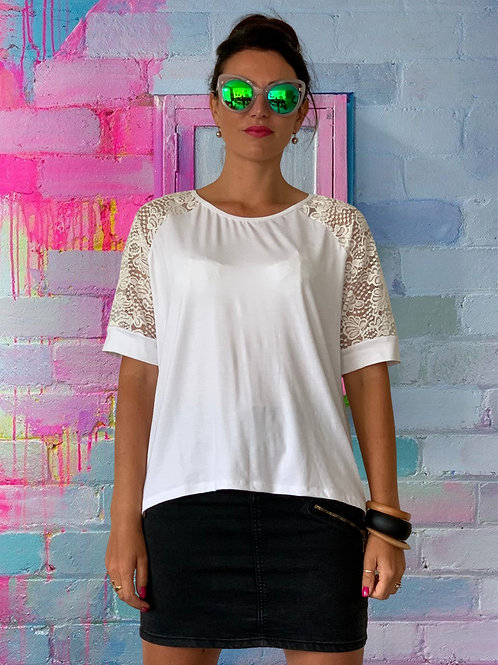 (WS) Love Buzz Top - White / Lace