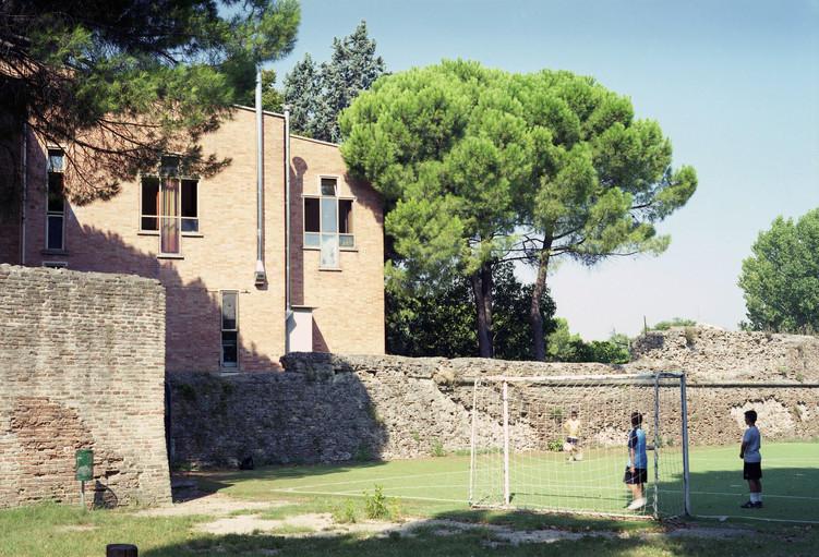 CEIS_Giancarlo De Carlo _ Architecture scolaire.jpg