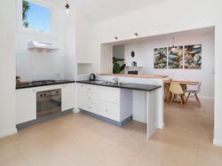 406480-006 Kitchen