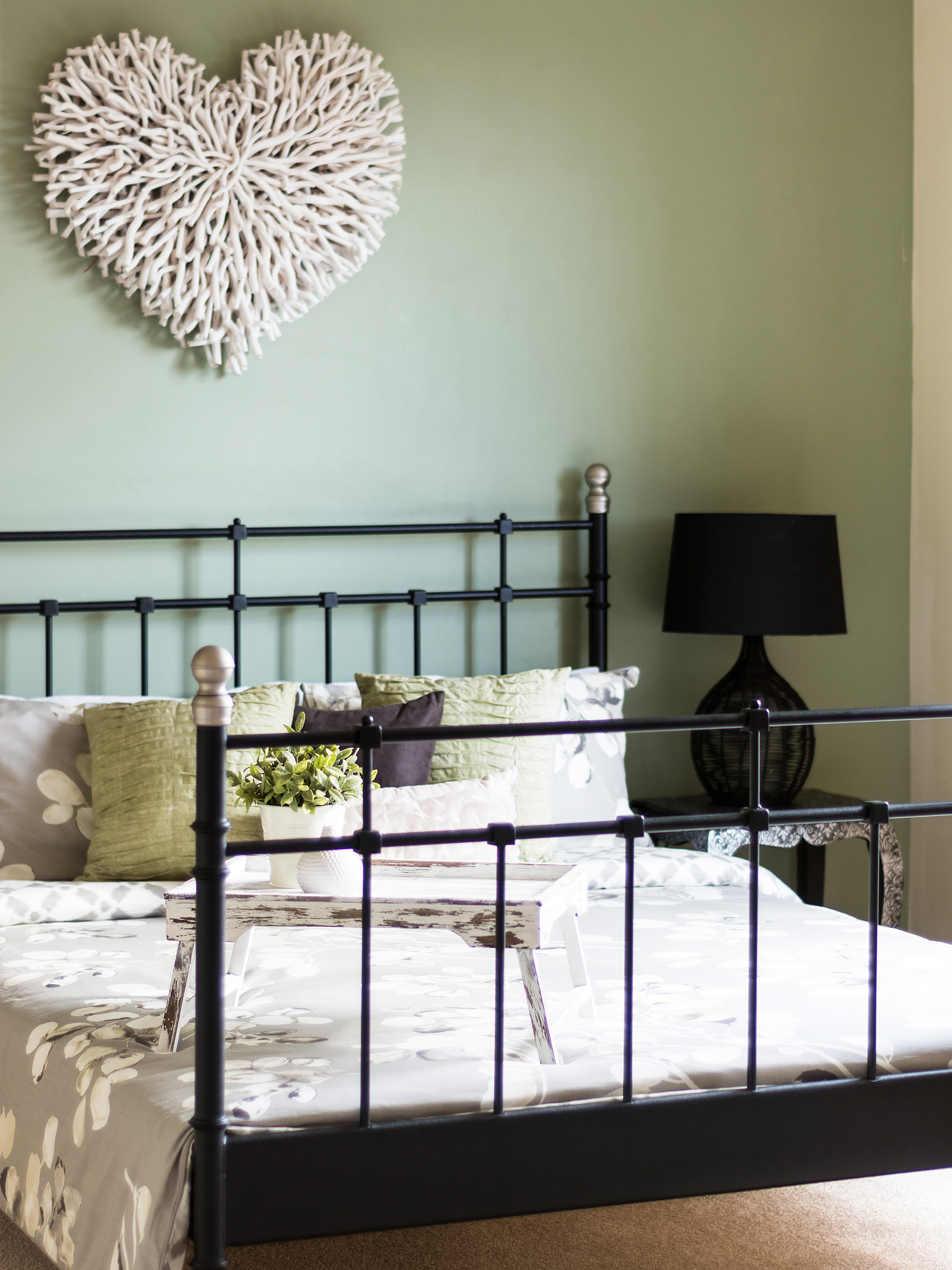 402380-014 Bed 1