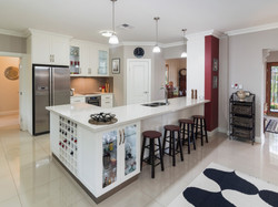 417989-005 Kitchen