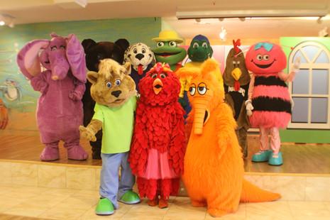 Fanny, Binky, Diggy, Flip, Ollie, Mojo, Pixie, Leo, Tweedles, and Artie