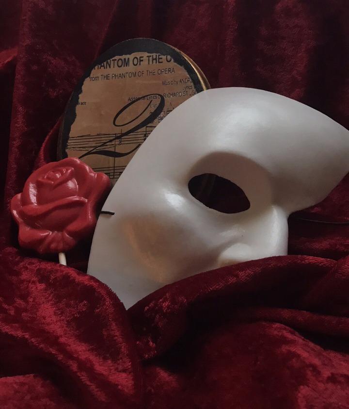 Phantom of the Opera Styled Shoot