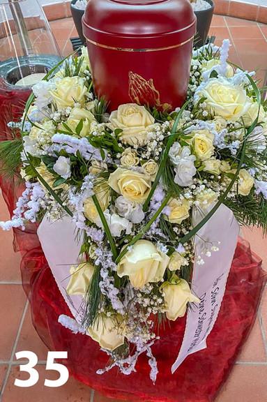 Blumenladen_Trauerfloristik_-35.jpg
