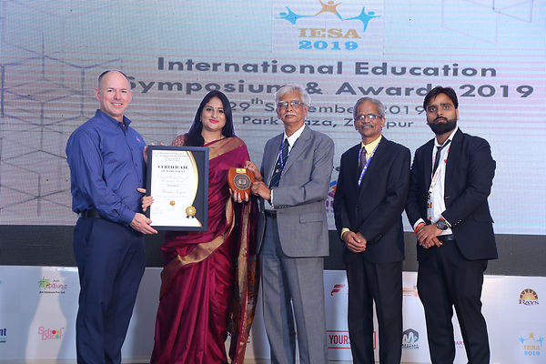 principal recognition award.JPG