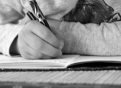 children-writing-in-school-861x625_edite