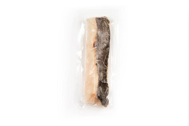 Dos de merlu avec peau
