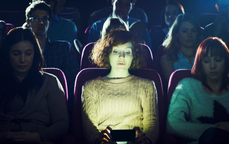 Просмотр киноленты в США