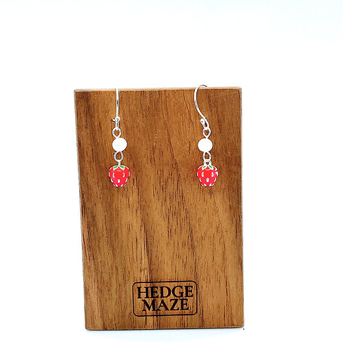 Strawberry Silver 925 & Fresh Water Pearl Earrings