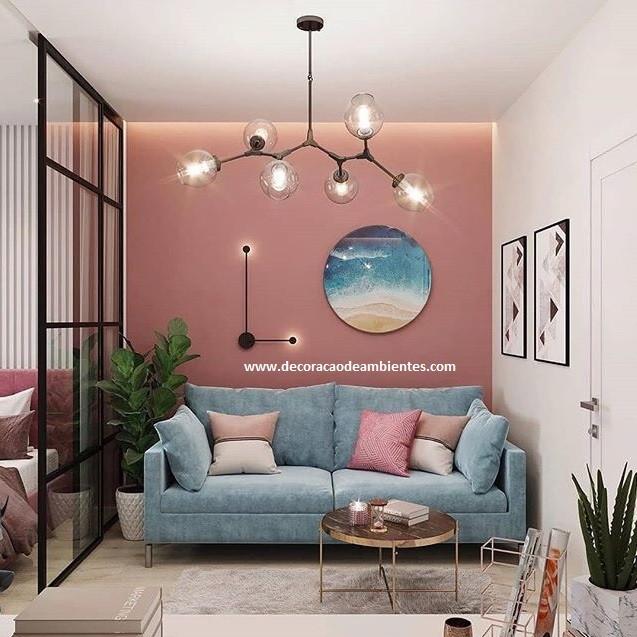 Apartamento pequeno conjugado feminino