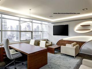 Decoração e Design de interiores para escritório comercial.