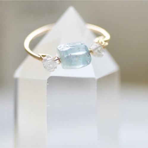 ラフロックアクアマリンとハーキマーダイヤモンドのリング(14kgf)