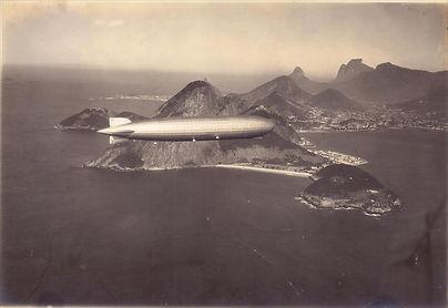 LZ_127_Graf_Zeppelin_over_Rio    Jorge K