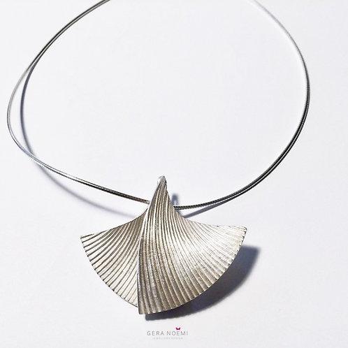 Gera Noémi Jewellery // GINGKOnyakék