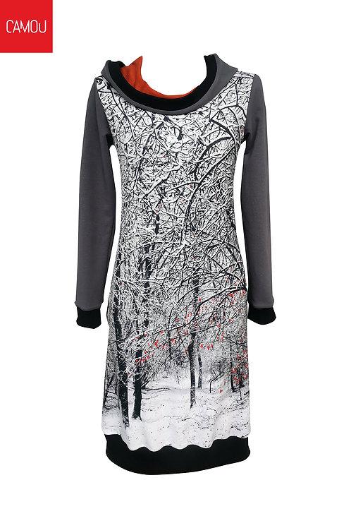 Camou // Kapucnis erdős ruha