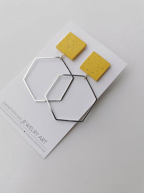 zsanettkincses // Geolo Concrete ezüst hatszög sárga négyzet