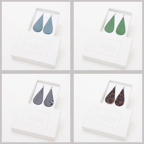 Gabo Szerencses // Csepp fülbevalók:kék, zöld, lakk fekete,cicás