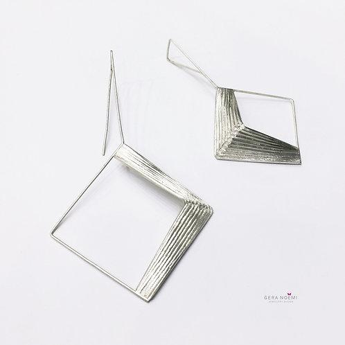 Gera Noémi Jewellery // NÉGYZETES füli