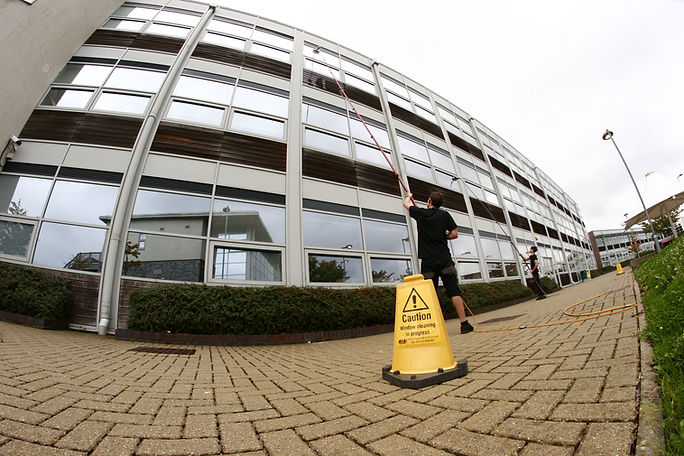 commrcial-window-cleaning-services
