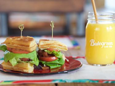 Waffle BLT