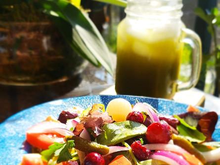 Bulegreen Salad