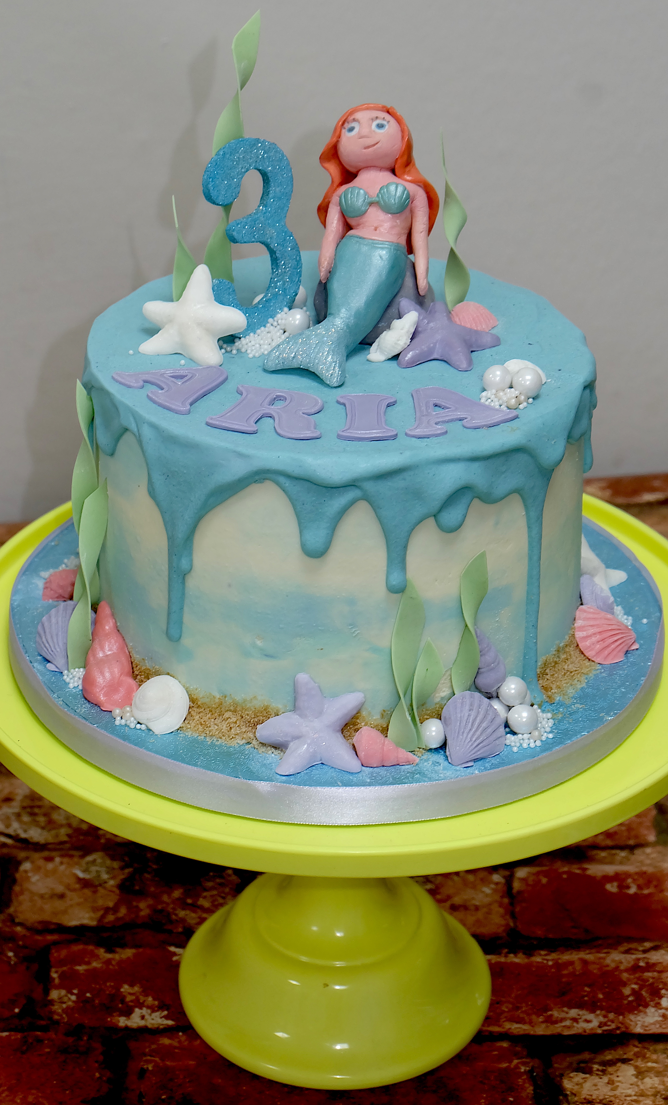Mermaid Drip Cake 2