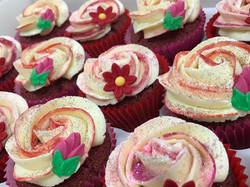 Pink and Red Flower Cupcakes 4