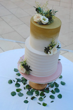 2 Tier Gold Brushed and Ridged Buttercre