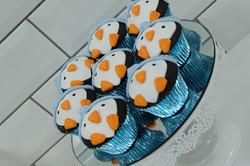 Penguin Cupcakes2