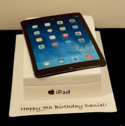 iPad Cake 1
