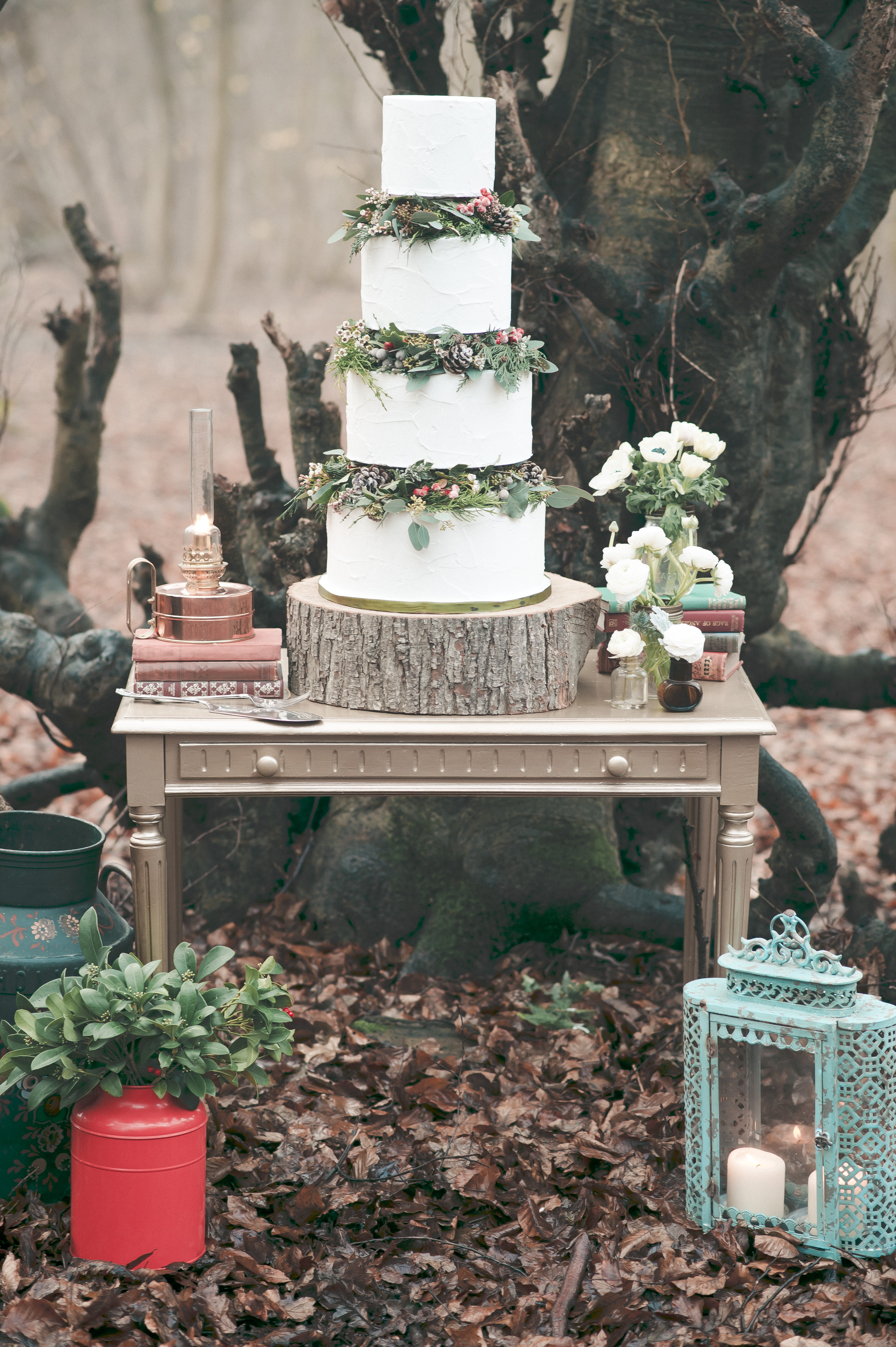 Winter Woodland Wedding Cake
