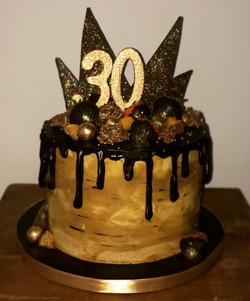 Chocolate and Salted Caramel Drip Cake