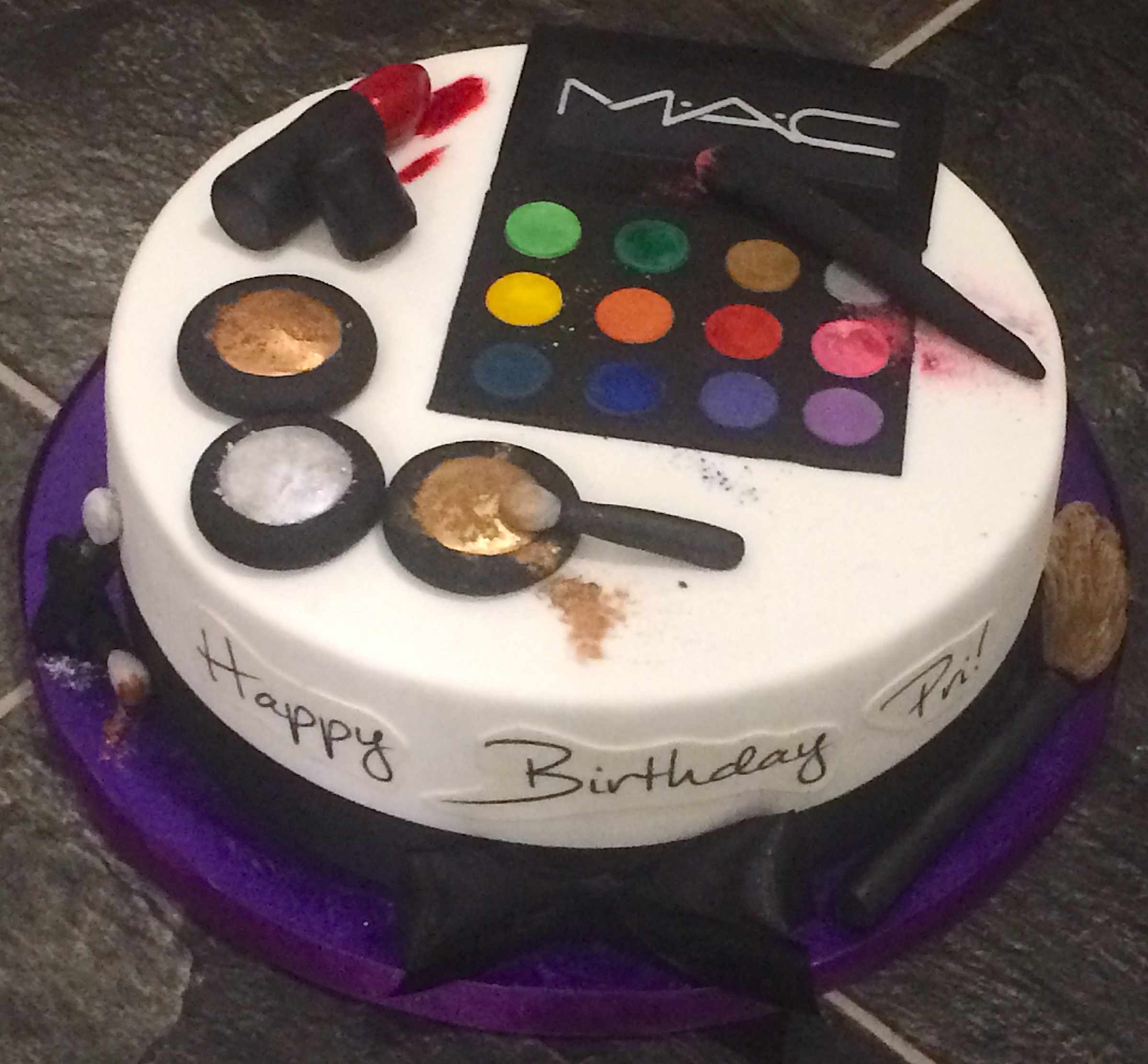 Make-up Birthday Cake