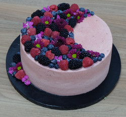 Flower and Berries Cake