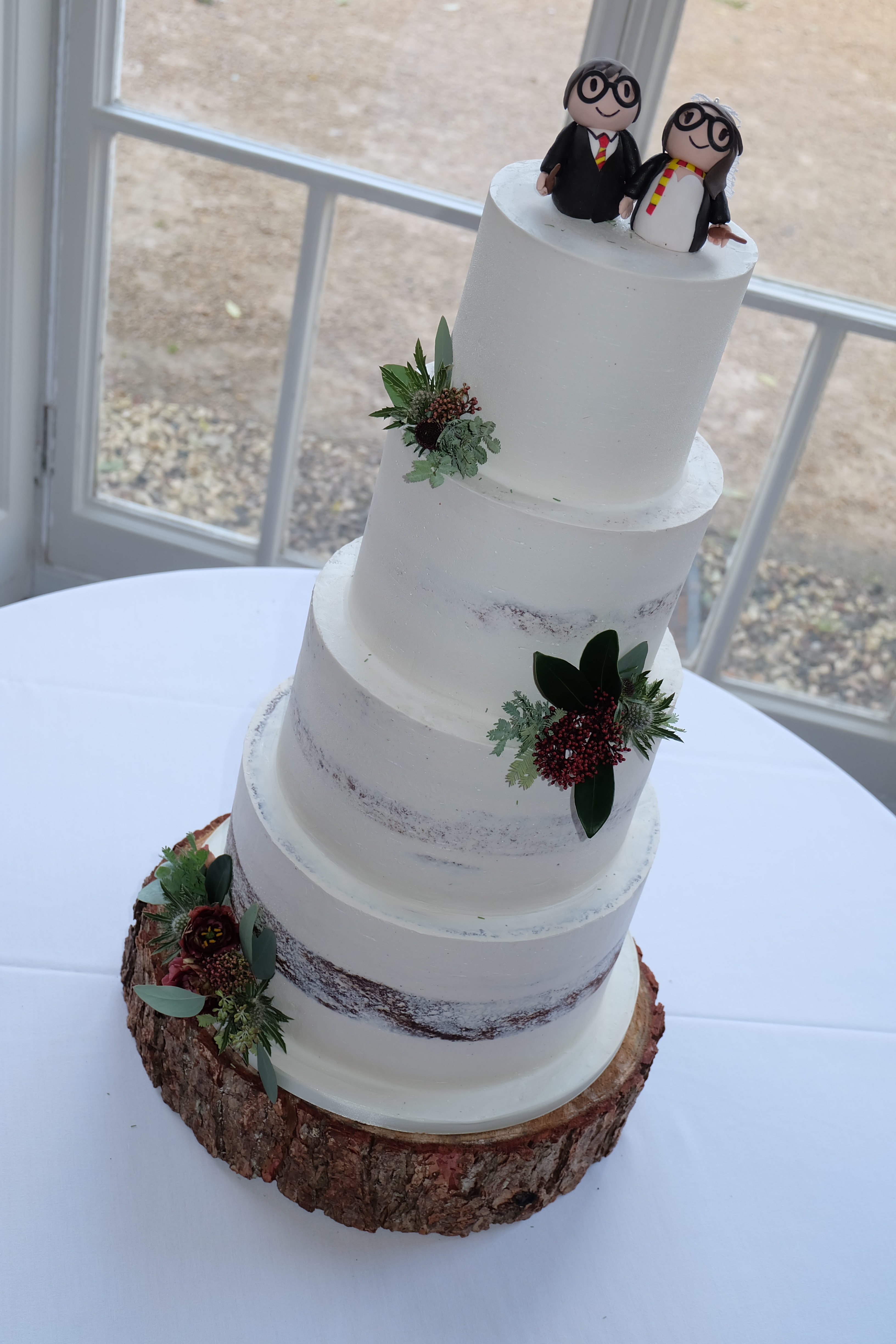 4 Tier Gradual Semi Naked Wedding Cake w