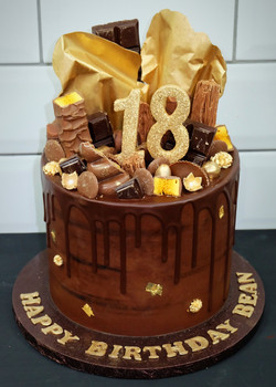Chocolate, gold sail drip cake_edited