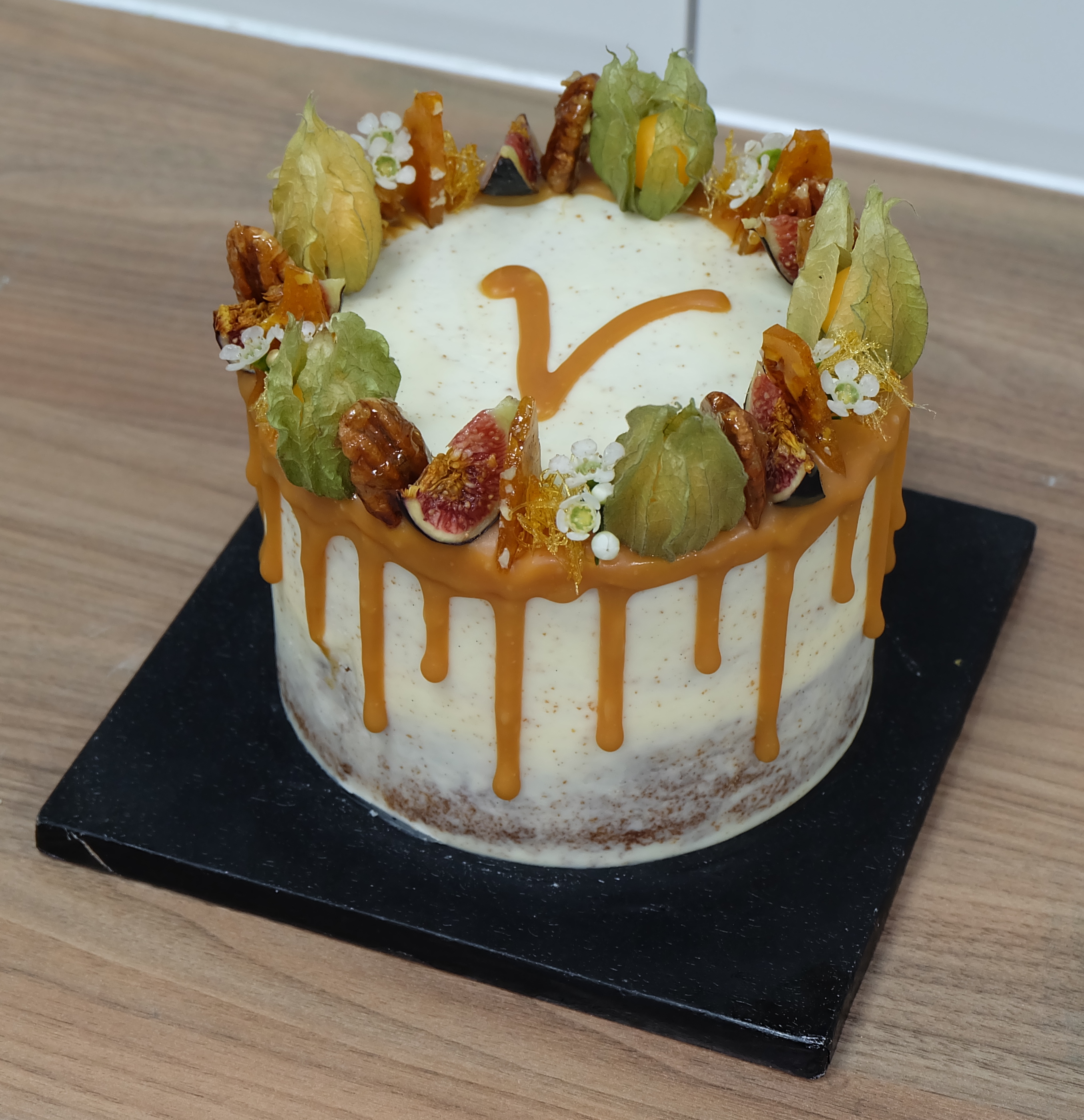 Pecan, Fruit and Caramel drip Cake  2