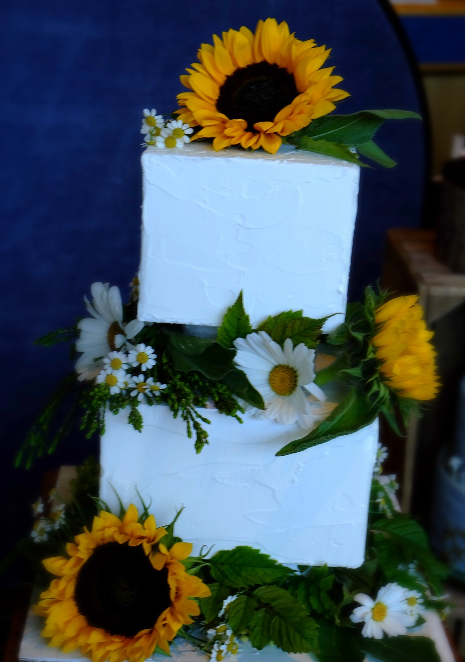 Fresh Flowers Summer Wedding Cake