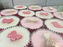 Glacé_Fairy_Cakes