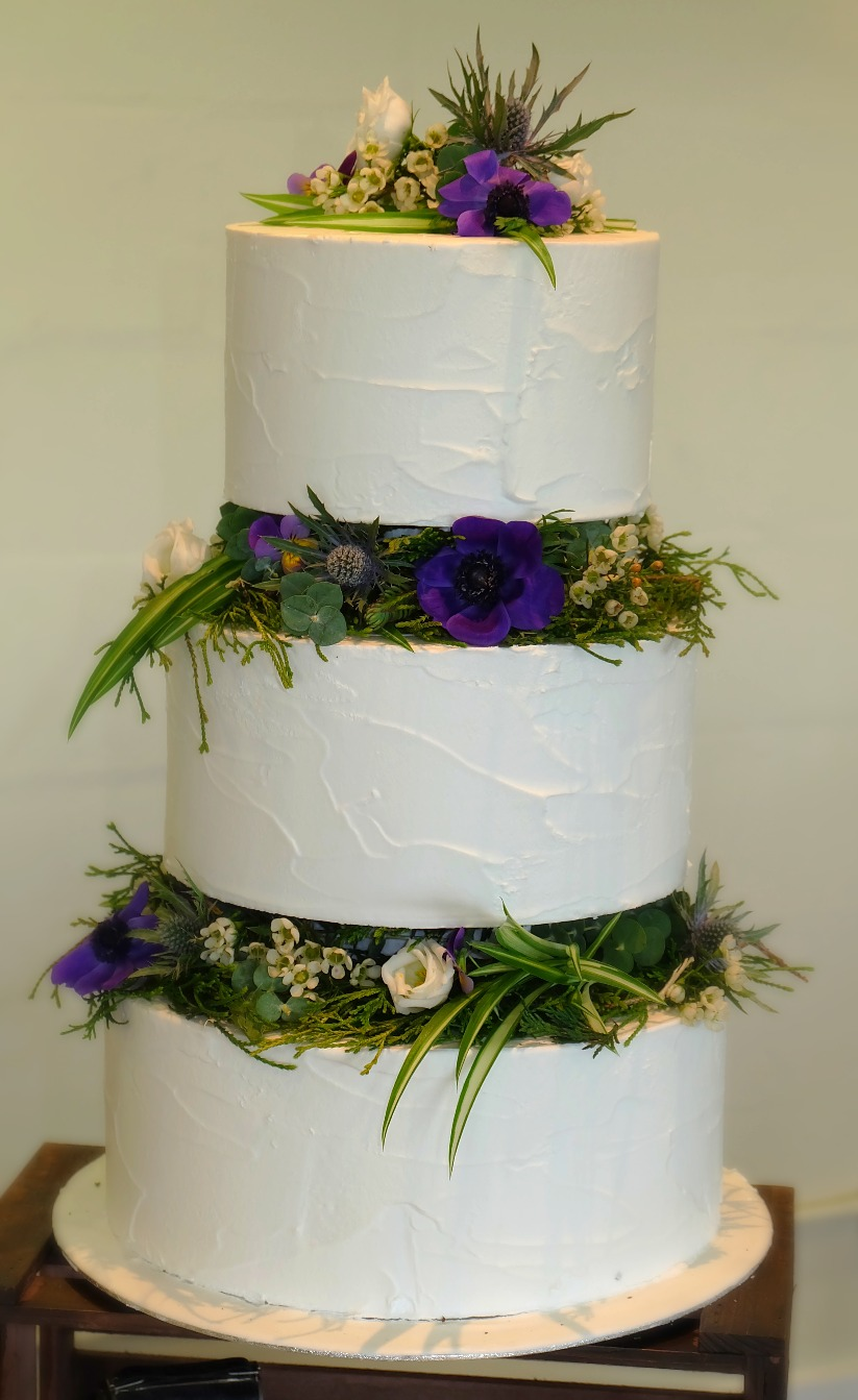 Fresh Flowers 3 Tier Wedding Cake