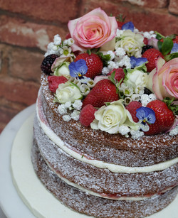 Pretty Flowers and Fruits Naked Cake  2.