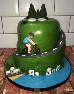 30th Cycling Birthday Cake 2