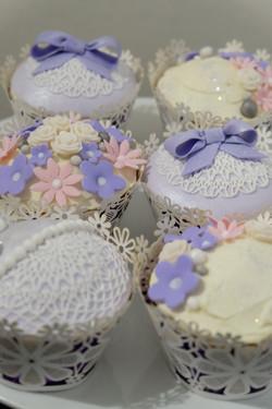 Pretty Lace Cupcakes 3