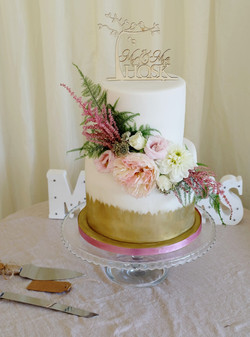 2 Tier Wedding Cake with Brushed Gold an