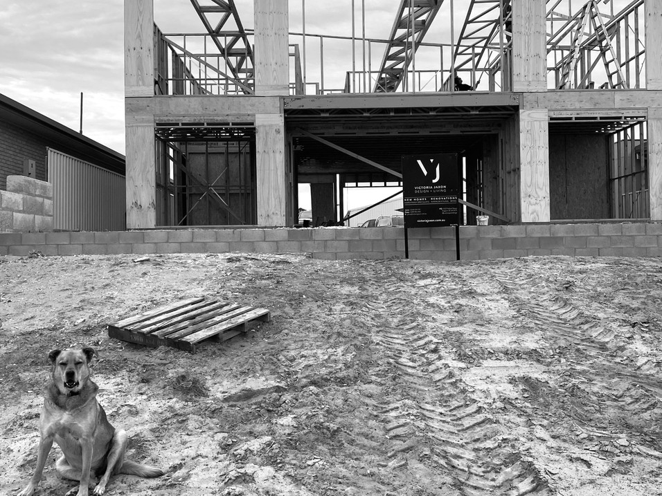 Under Construction. Marine Pde