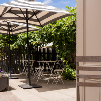 Henry & Rose Outdoor Seating